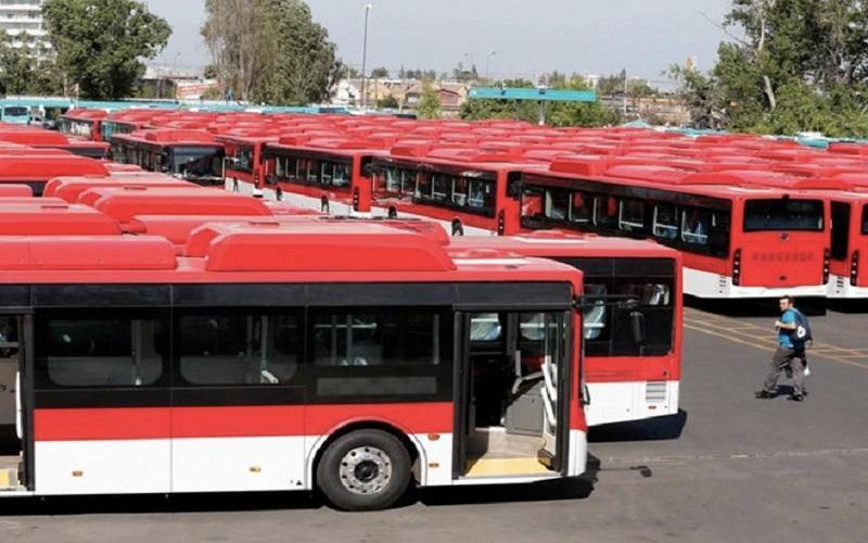 Lựa chọn xe bus khi di chuyển đến nơi mua hàng để tiết kiệm chi phí nhất